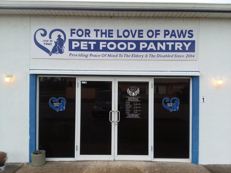 For the Love of Paws pet food pantry won't let needy cats and dogs go hungry