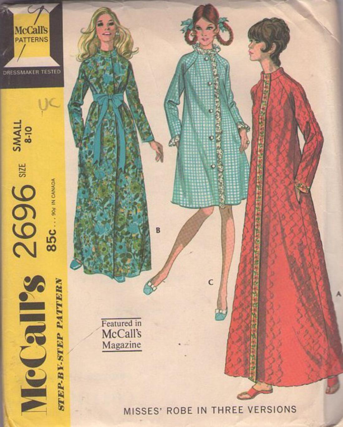 MOMSPatterns Vintage Sewing Patterns - McCall s 2696 Vintage 70 s Sewing  Pattern PERKY Mod Housewife Ruffle or Nehru Collar Raglan Sleeve House Coat dd6e12c07