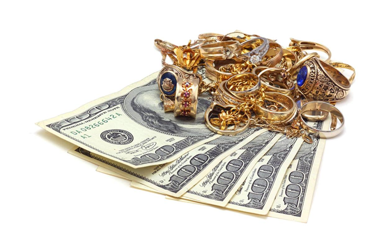 Bring your gold to a trusted local jeweler, only at Philadelphia Pawn Shop