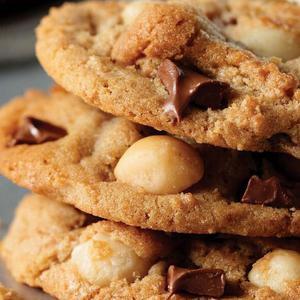 Send Chocolate Macadamia Nut Cookies To Someone