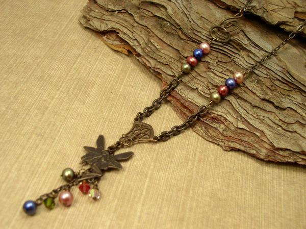 Vintaj brass leaf sparrow necklace